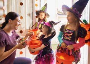 Tổ chức tiệc hallowen